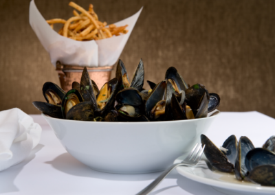 10_Mussels_Frites-677x451